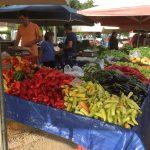 Gemüse- und Obstverkauf